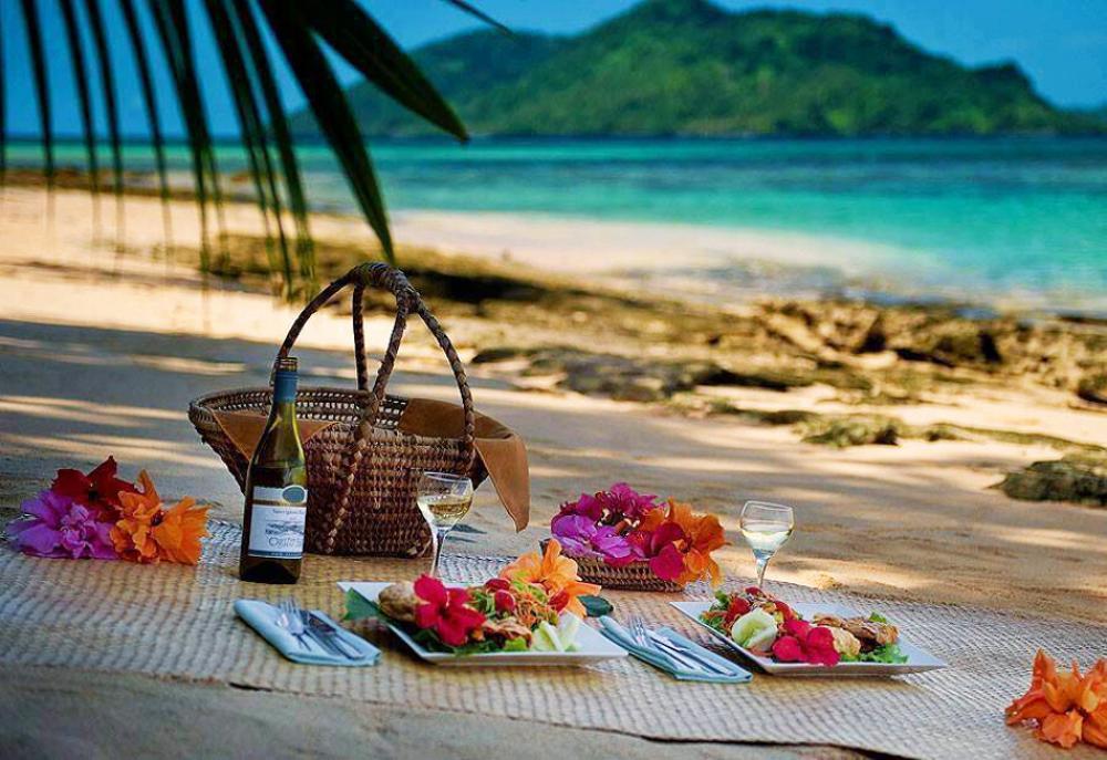 idées d'un pique nique exotique à la plage
