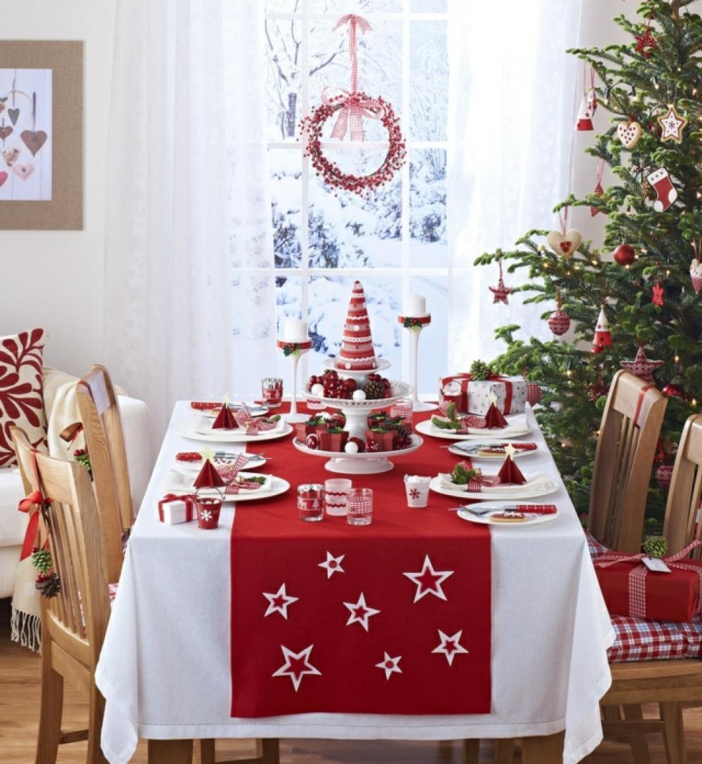 belle table de Noël décoration blanc et rouge