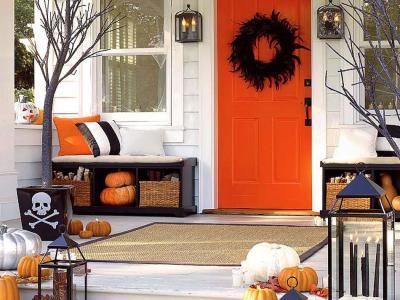 idée de déco Halloween porte d'entrée