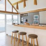 15 cuisines au design tr s japonais sign es toyo for Japonais cuisine ouverte