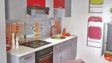Petite cuisine équipée en rouge