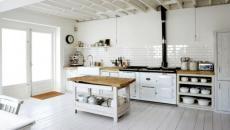 Grande cuisine design rétro et tout en blanc