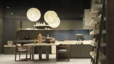 Teintes foncées pour cette cuisine design italienne Pedini