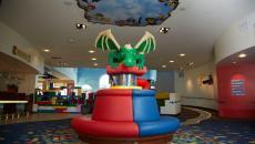 Le lobby de l'hôtel Lego en Californie