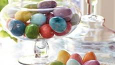 déco idées intéressantes multicolores des œufs Pâques