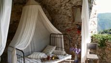 chambre à coucher au design rustique