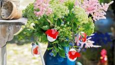 fleurs et œufs pour déco de Pâques