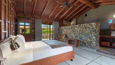 Chambre spacieuse et minimaliste