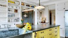 ilot central de cuisine en jaune