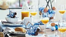 Pâques décorer table en bleu