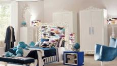 La douceur du bleu et blanc pour cette chambre de fille