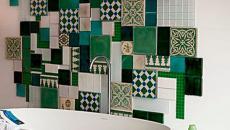 Tableau mural en faïence inspiré par le patchwork