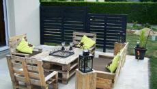 Mobilier de jardin composé de palettes