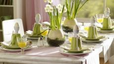 fleurs et herbes pour déco table de Pâques