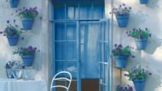 Pots de fleurs bleus déco jardin