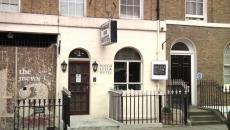 Hôtel design créatif chic délabré à Londres