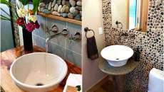 Touche de déco sympa pour les toilettes, les cailloux apportent une convivialité chic