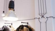 art de mur en câbles noirs