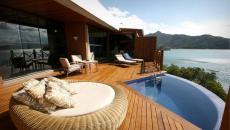 L'hôtel exotique au cœur de le forêt tropicale