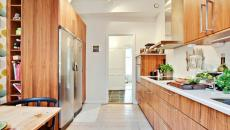 Ambiance chaleureuse d'une cuisine en bois