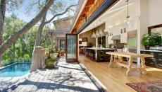 Cuisine de luxe ouverte sur l'espace extérieur