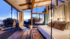 Une des cinq chambres dans la maison de luxe
