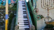 Escalier street art à Valparaiso - Chili