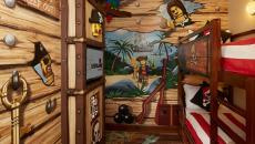 Déco chambre à l'hôtel design Lego