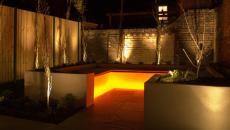 Coin lounge accueil au luminaire jardin