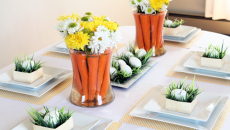 table de repas aux fleurs et œufs pâques