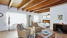 intérieur design minimaliste t1 idées déco casiers métalliques