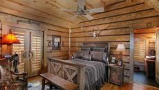 ambiance bois massif lit rustique