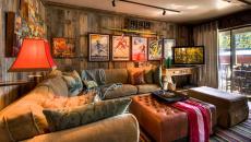 intérieur rustique séjour déco affiche de cinéma