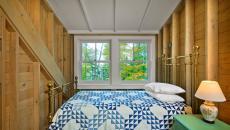 petite chambre d'appoint sous toit