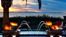 piscine feu et jet luxe