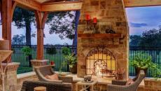 terrasse couverte avec cheminée