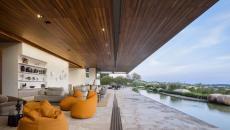 maison d'architecte contemporaine avec vue sur le bois