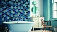 baignoire repeinte couleur bleue