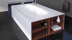 salle de bain rangée espace optimisé baignoire design