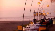 restaurant sur la plage exotique