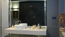 lavabo original salle de bains sombre