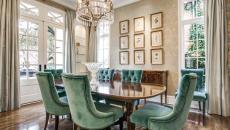 fauteuils en velours pour salle à manger élégante