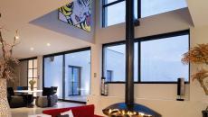 cheminée moderne dans une fosse de conversation séjour luxueux