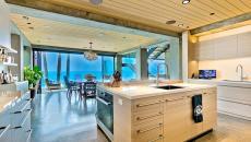 cuisine exotique vue sur la mer