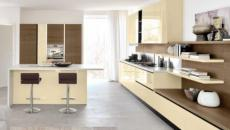 cuisine design italien ouverte et spacieuse