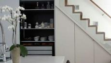 Escalier élegant placards cuisine