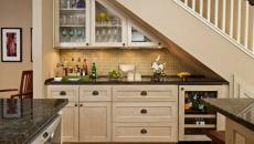 cuisine placards sous l'escalier design