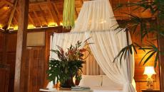toile moustiquaire de luxe lit à baldaquin