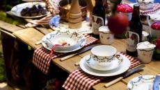 table de repas Noël conviviale