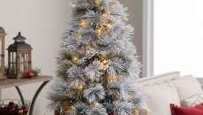 sapin de Noël artificiel blanc déco maison